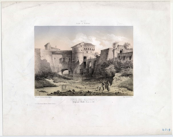 Contenu du Vestiges d'une ville fortifiée