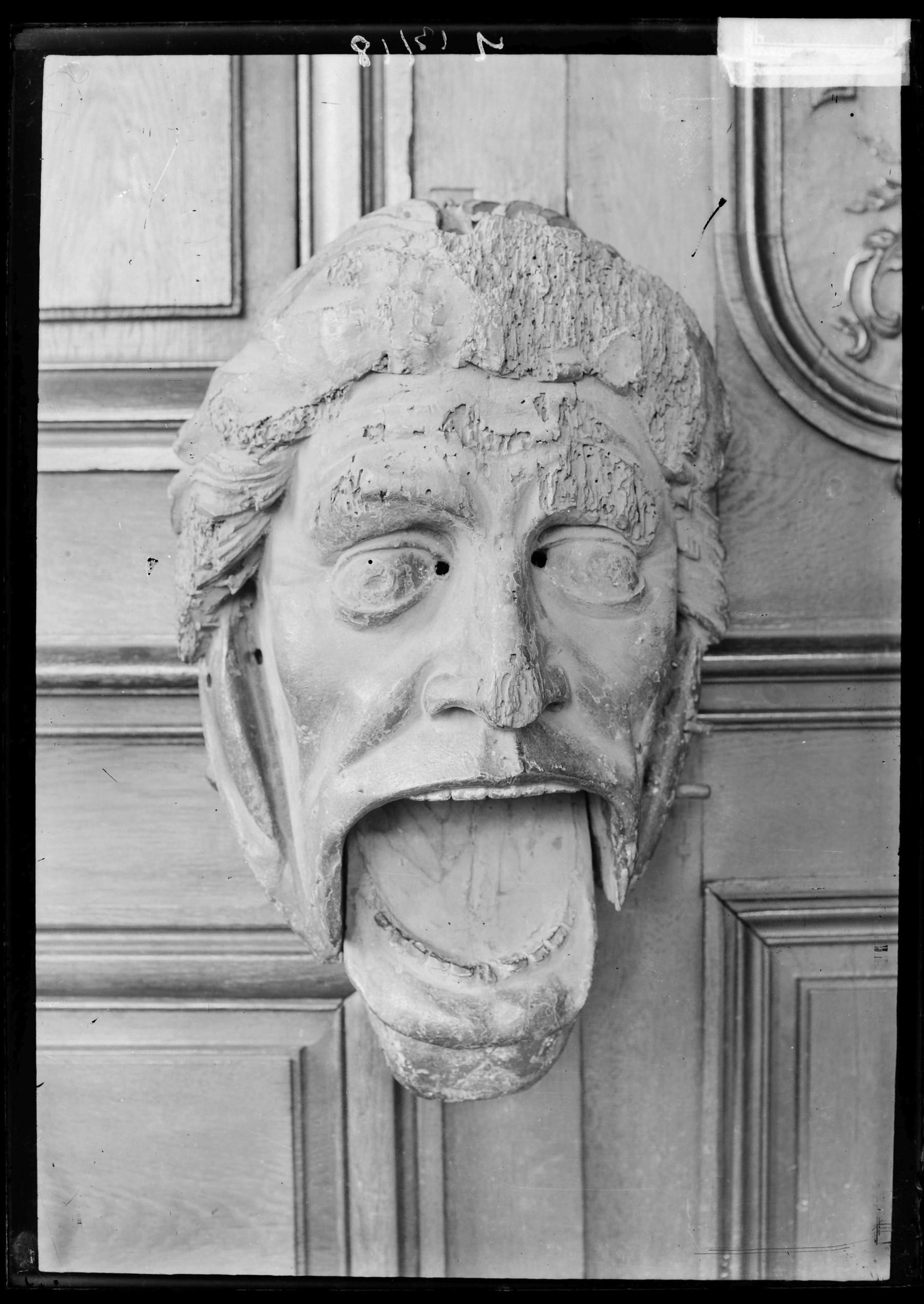 """Contenu du Le masque articulé du grand orgue, surnommé le """"gueulard"""""""