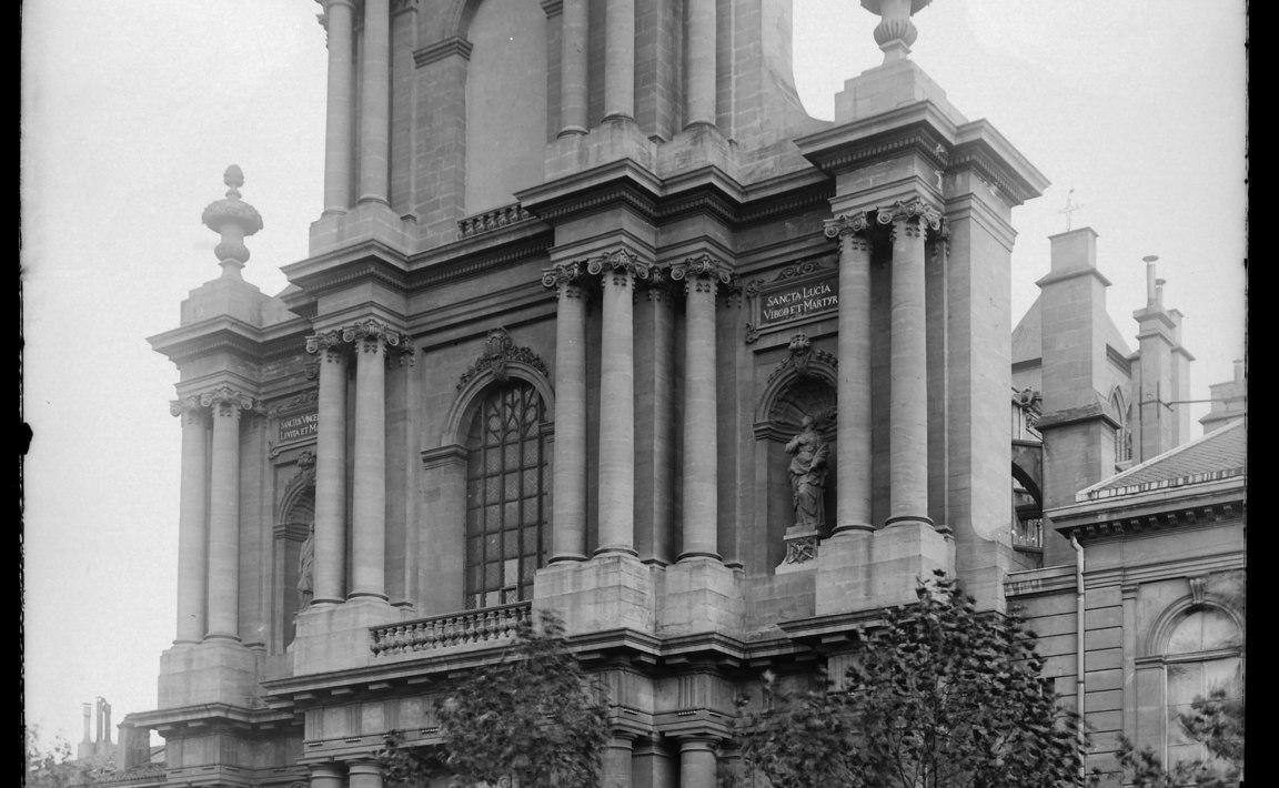 Contenu du Basilique Saint-Vincent