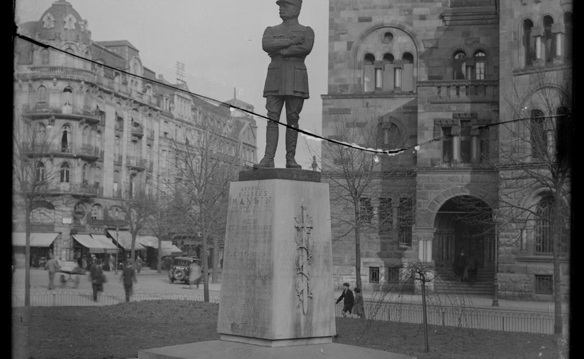 Contenu du Statue au général Mangin, Rue Gambetta