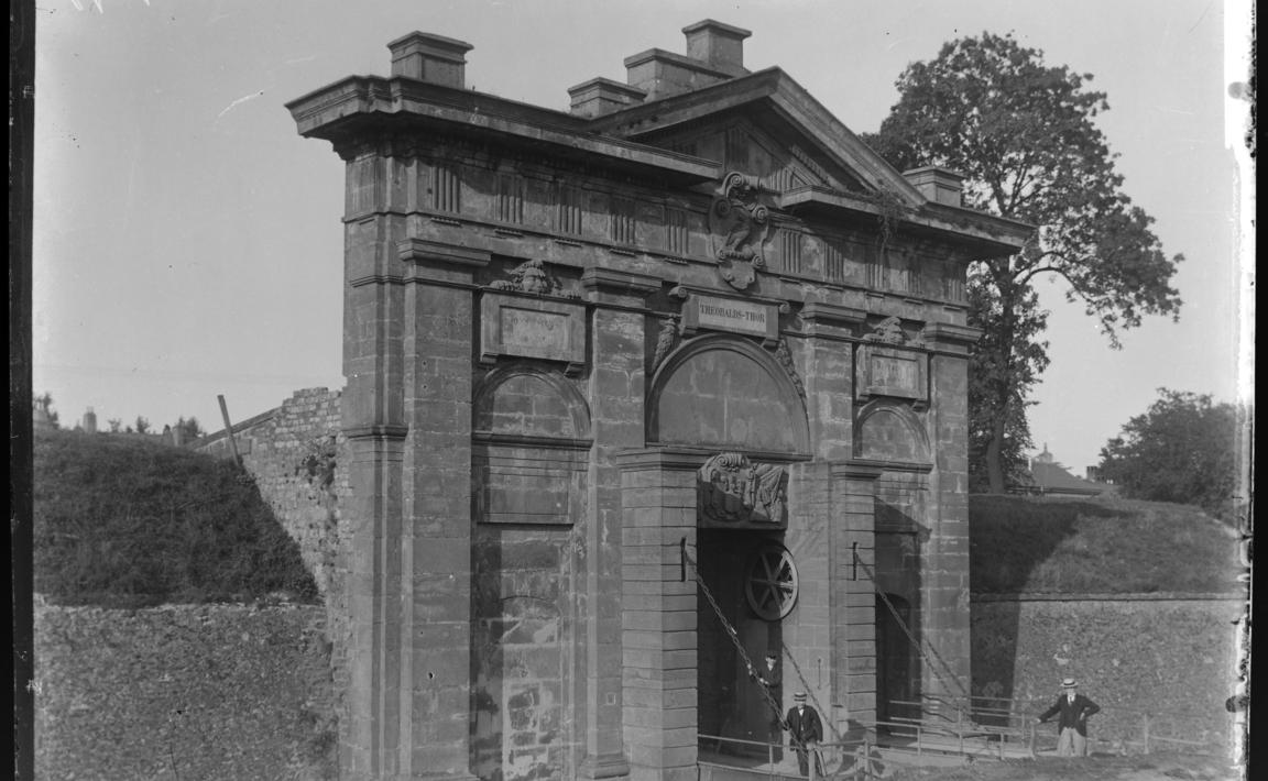 Contenu du Porte Saint-Thiébault