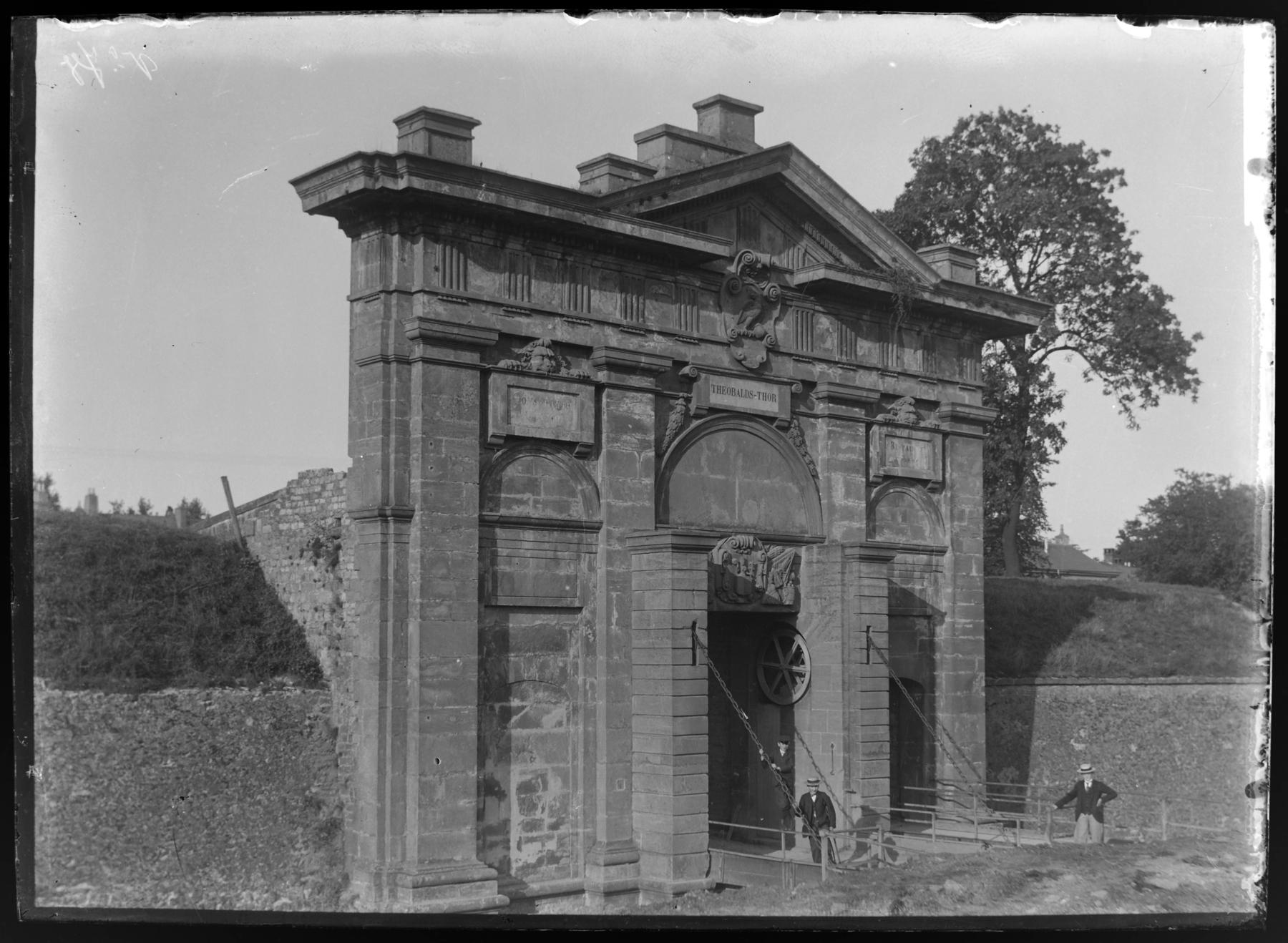 Contenu du La porte Saint-Thiébault