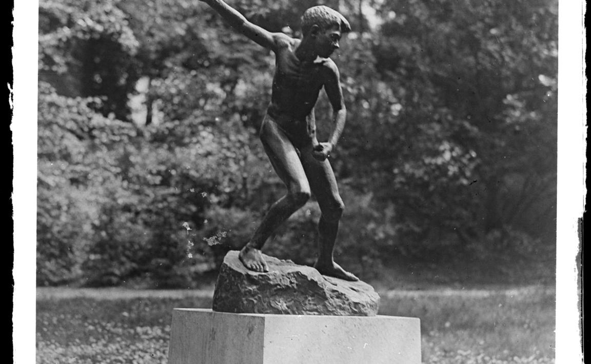 Contenu du Le Jeteur de Pierres, statue du sculpteur mosellan Henri-Nicolas Legendre