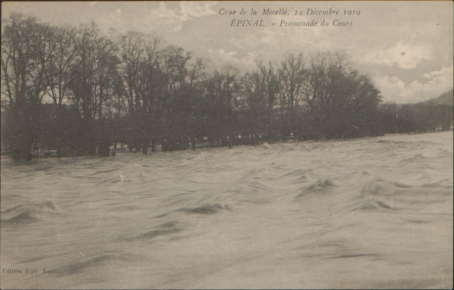 Contenu du Crue de la Moselle, 24 Décembre 1919, Épinal, Promenade du Cours