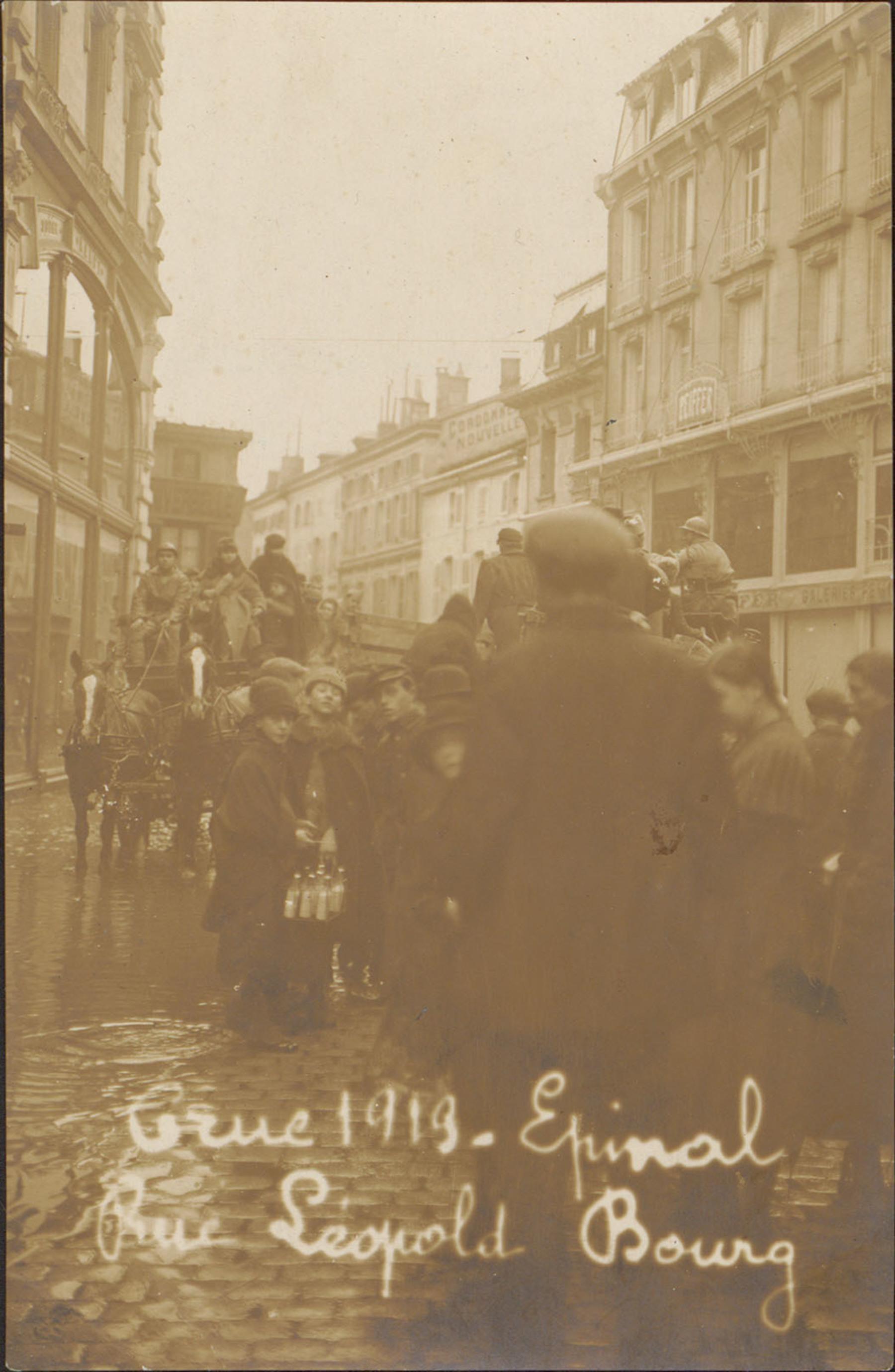 Contenu du Crue 1919, Épinal, Rue Léopold-Bourg