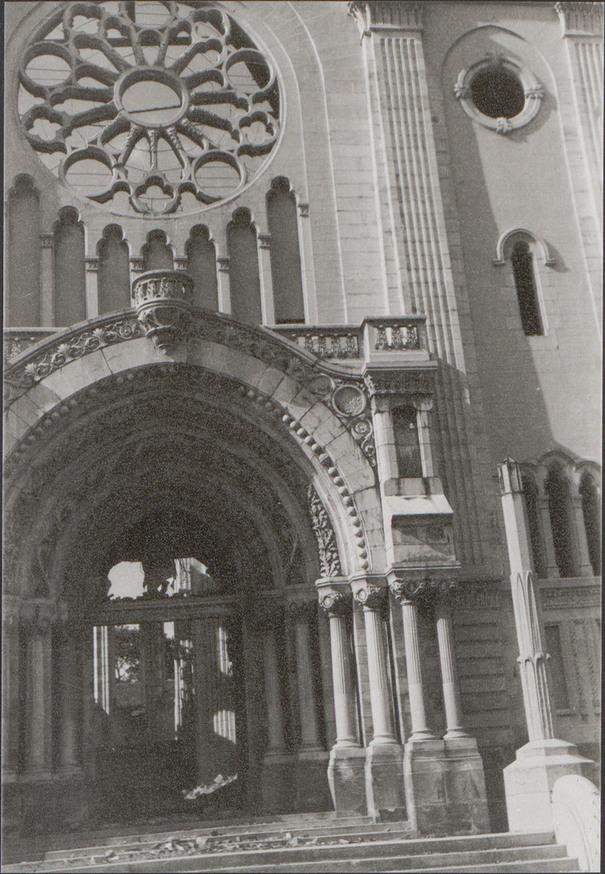 Contenu du La destruction de l'église Notre-Dame-au-Cierge en 1944