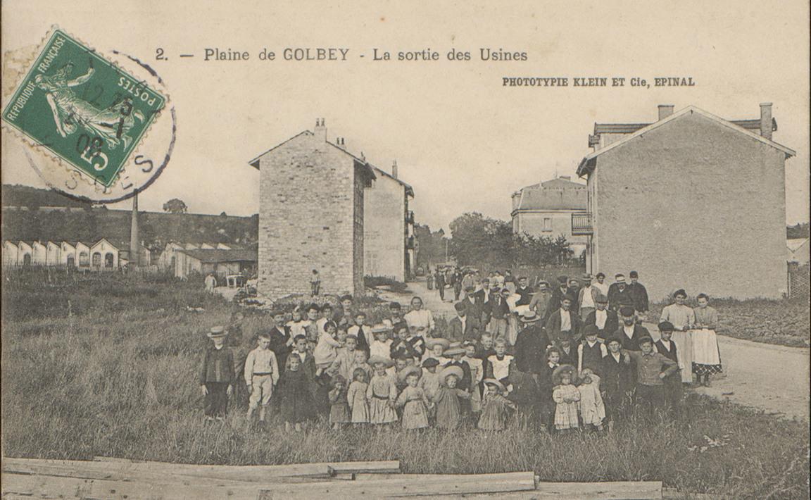 Contenu du Plaine de Golbey, La Sortie des Usines