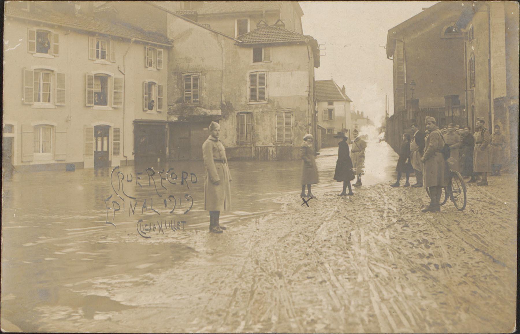 Contenu du Crue Record, Épinal 1920