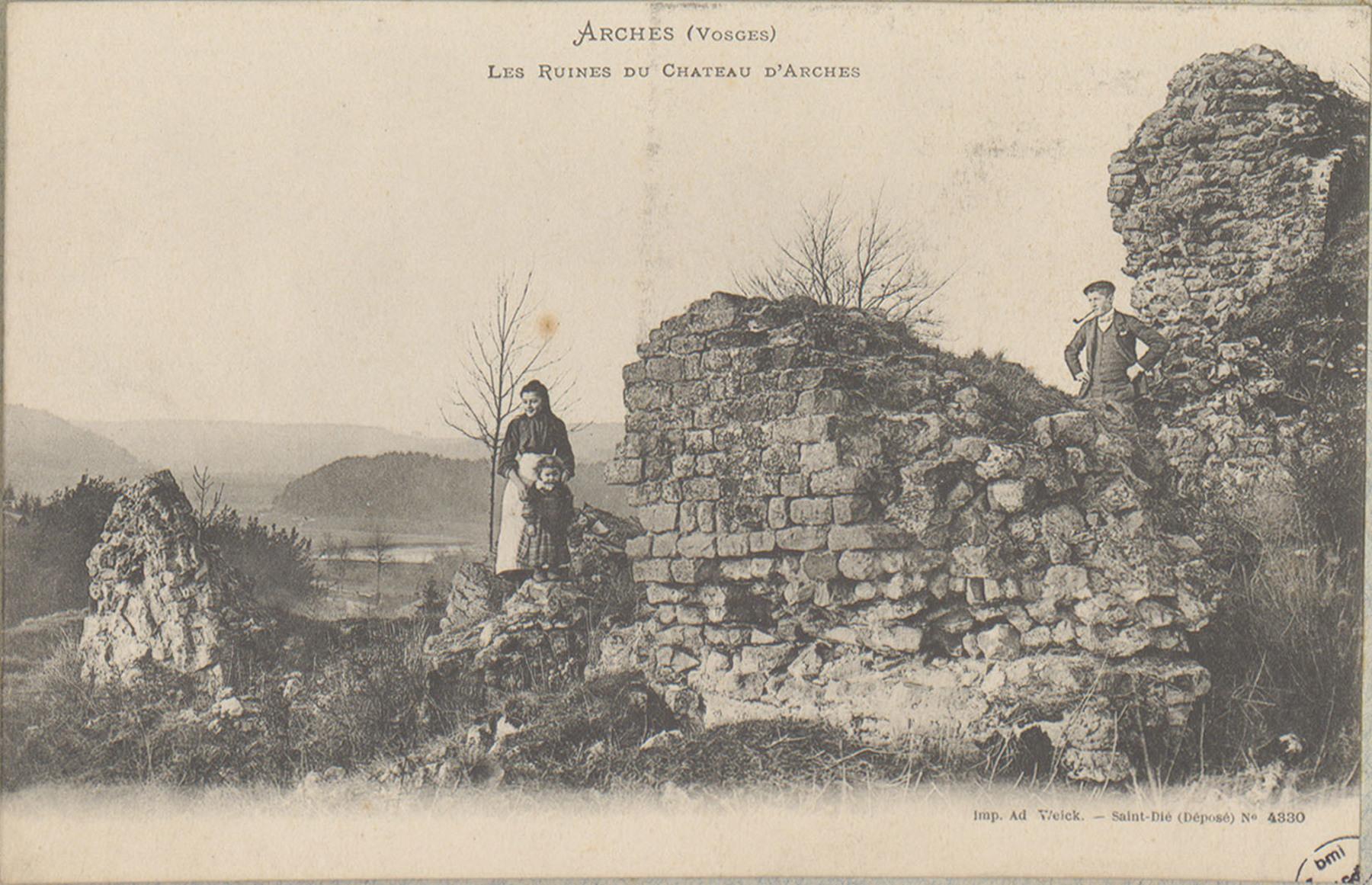 Contenu du Arches (Vosges), Les Ruines du Château d'Arches