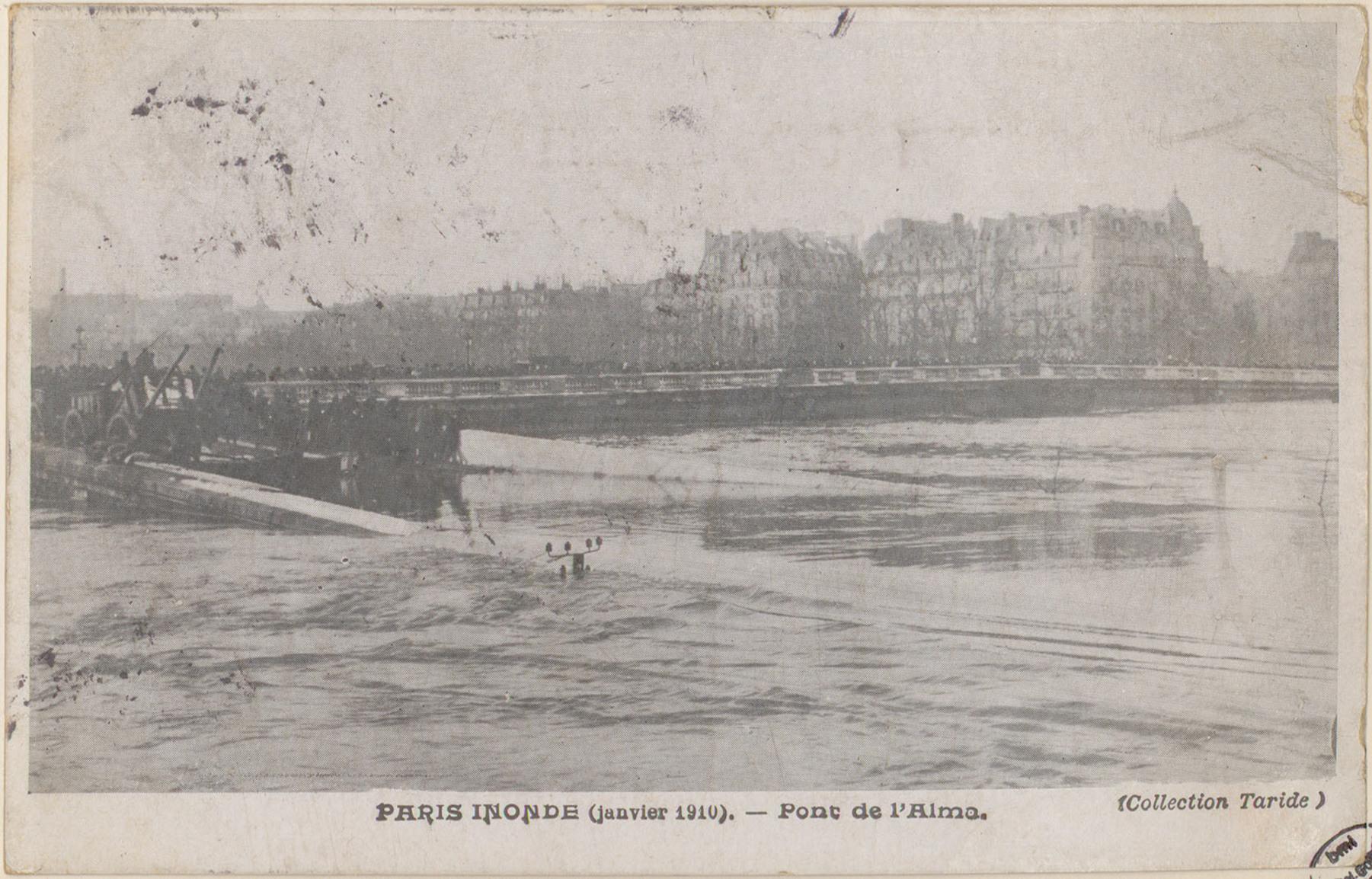 Contenu du Paris inondé (janvier 1910), Pont de l'Alma