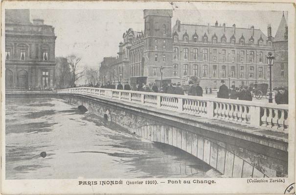 La capitale en cartes postales