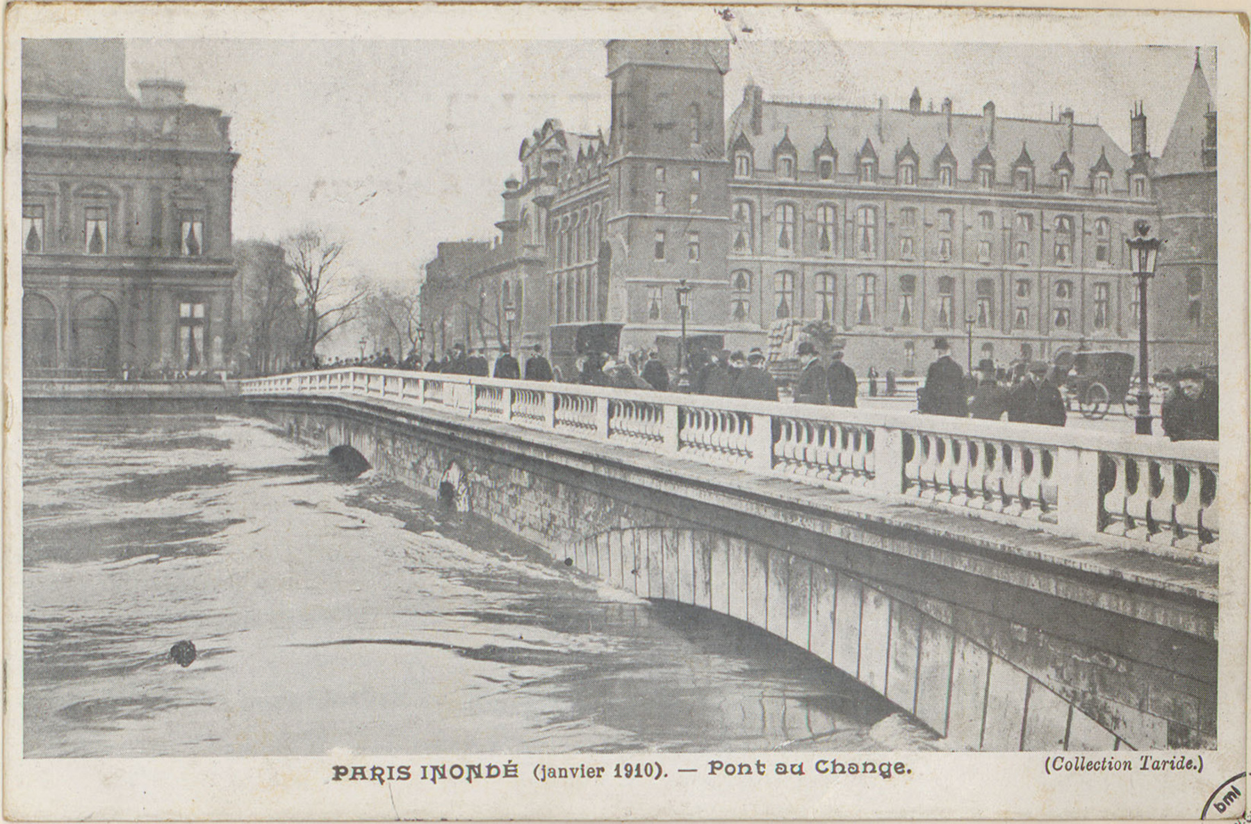 Contenu du Paris inondé (janvier 1910), Pont du Change