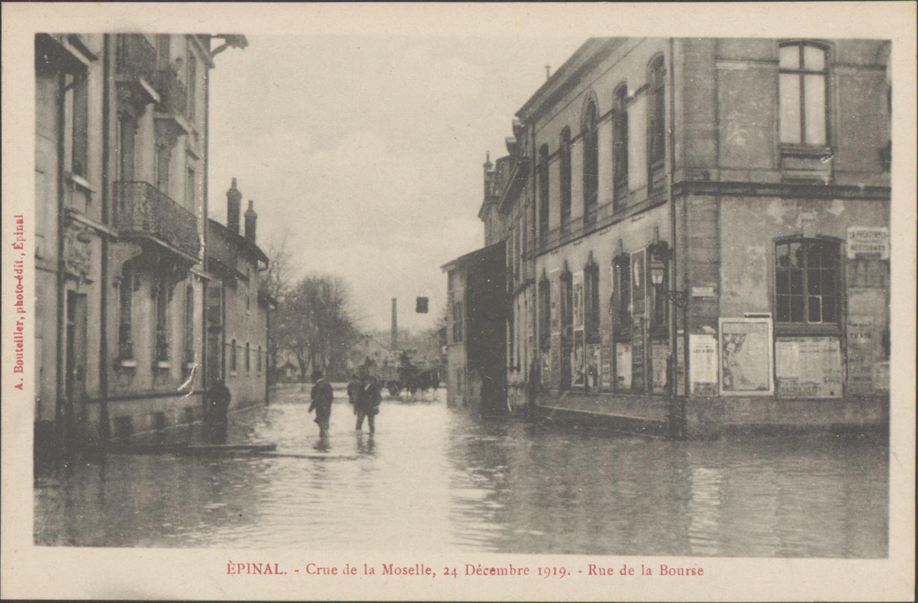 Contenu du Épinal, Crue de la Moselle, 24 décembre 1919, Rue de la Bourse