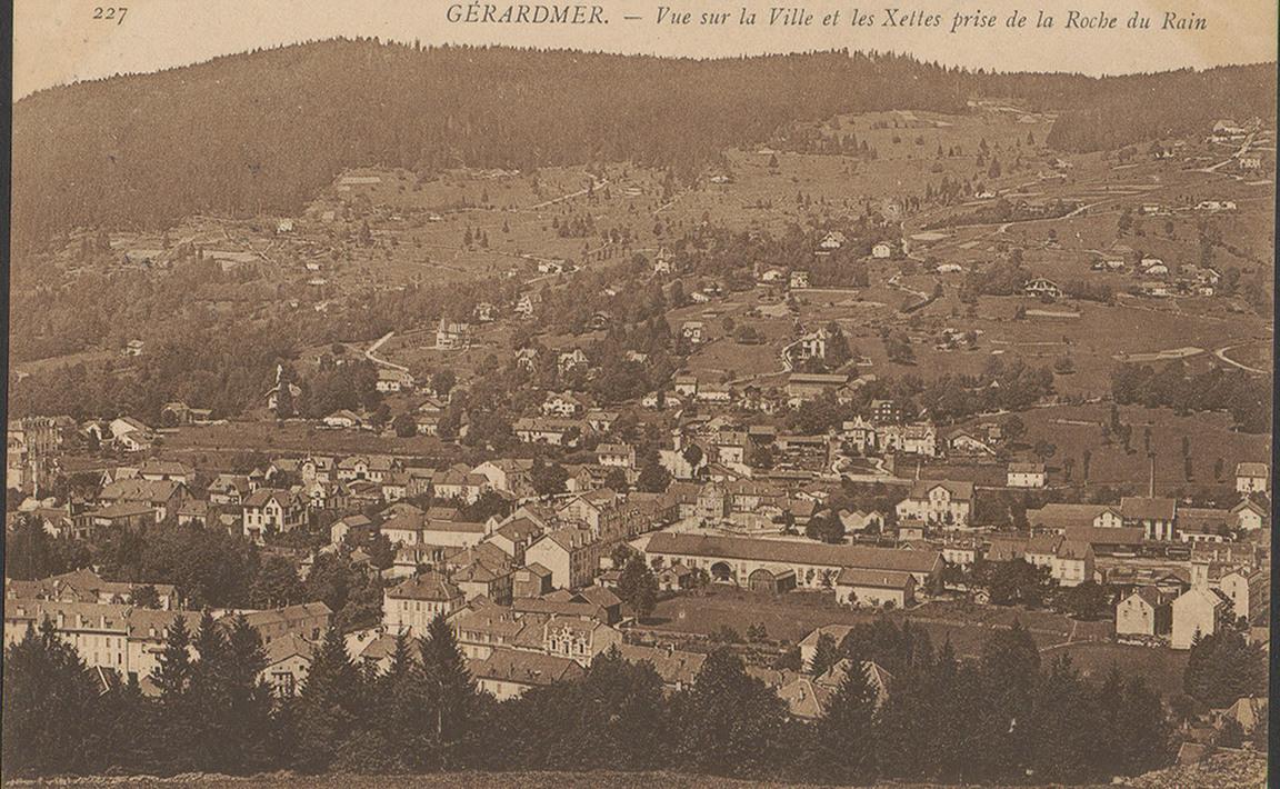 Contenu du Gérardmer, Vue sur la ville et les Xettes prise de la roche du Rain