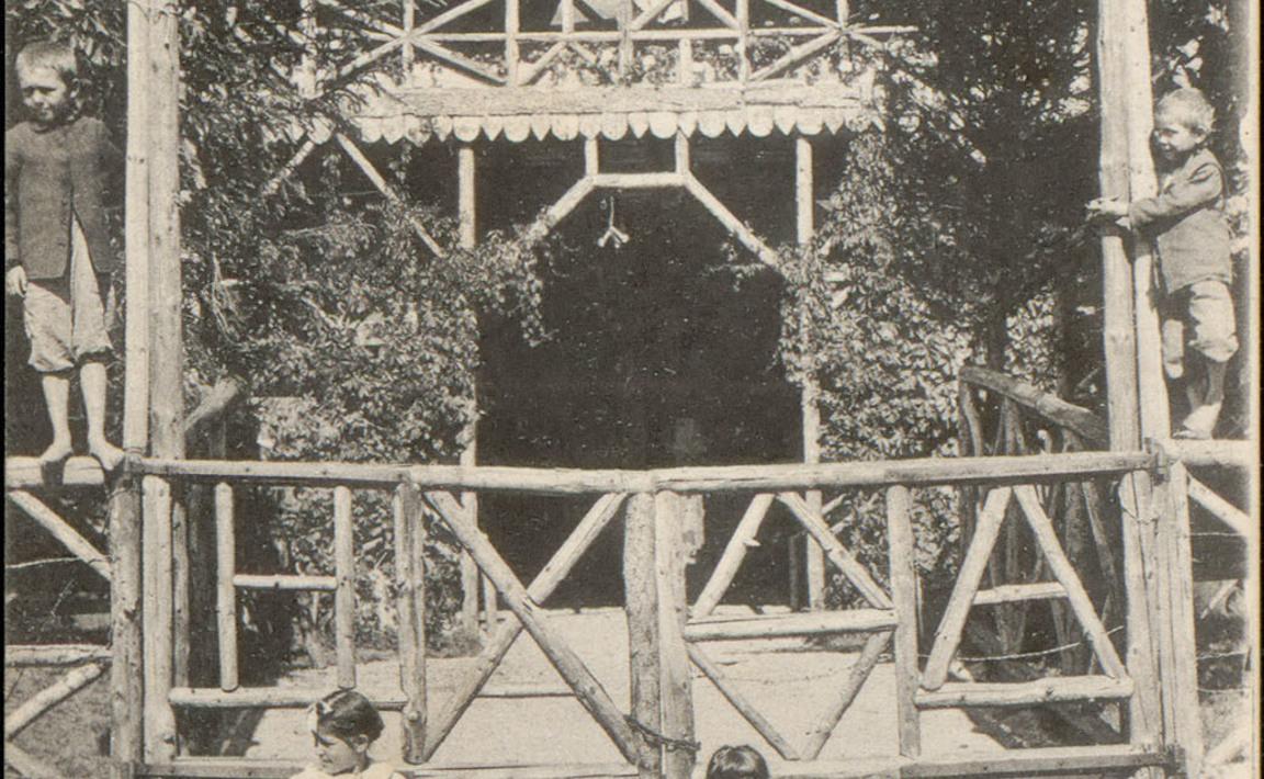 Contenu du Bussang, Le Théâtre du Peuple, L'Entrée