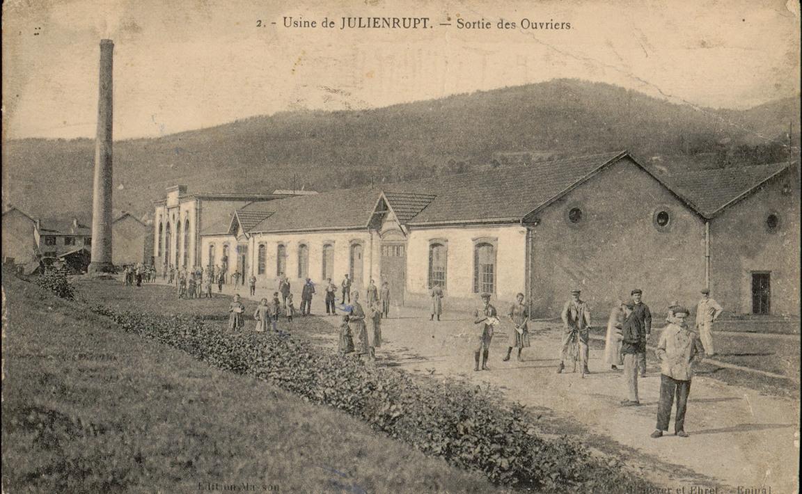 Contenu du Usine de Julienrupt, Sortie des Ouvriers