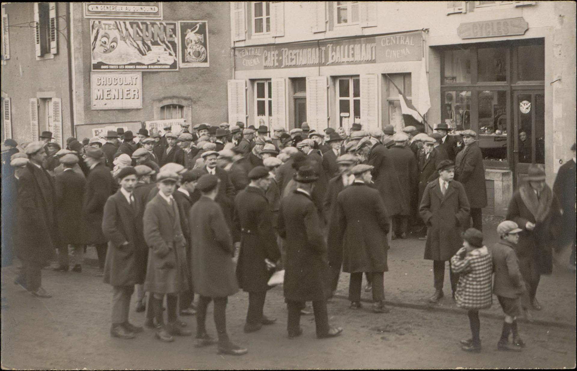Contenu du Le premier cinéma d'Épinal